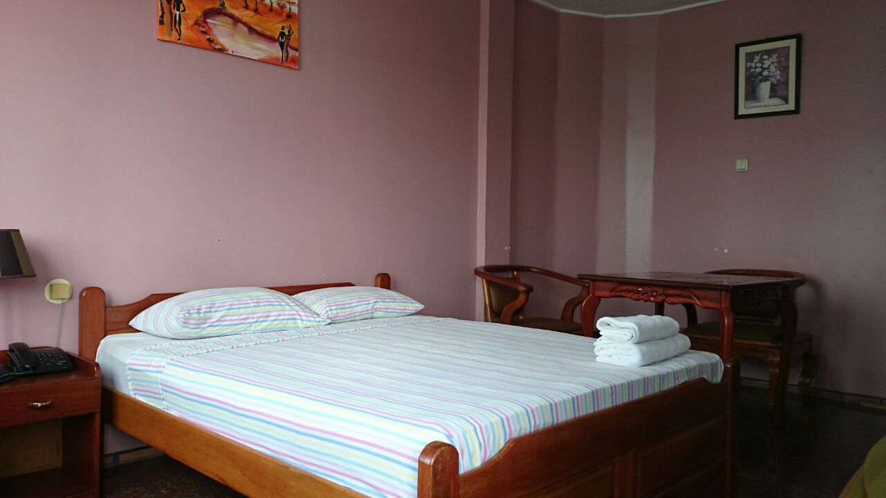 Chambre Simple Hotel Definition : Hotel paramuru paramaribo suriname chambre simple